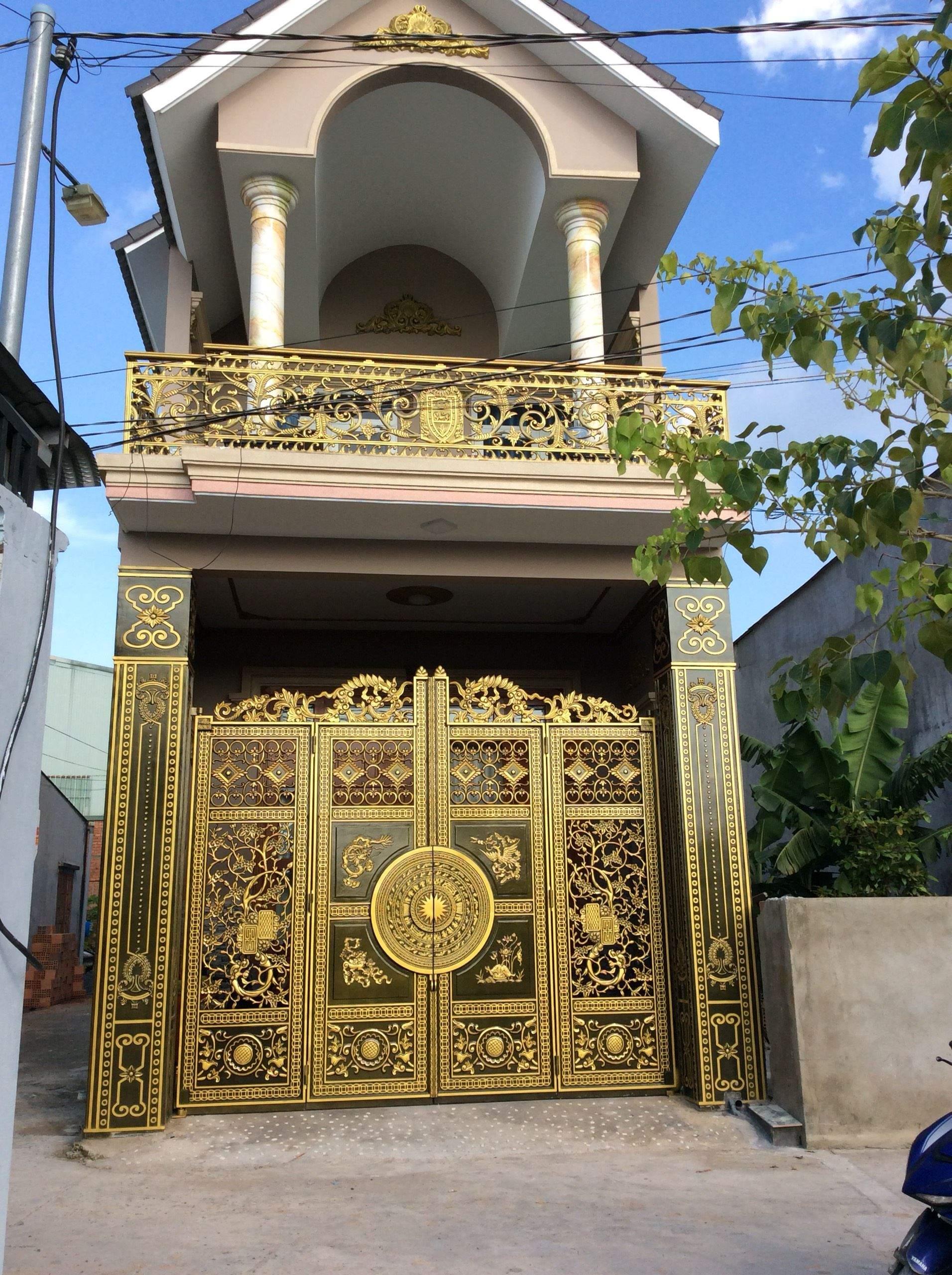 cổng nhôm đúc 4 cánh