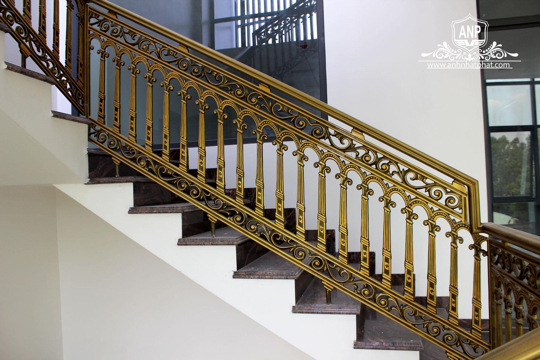 cầu thang nhôm đúc